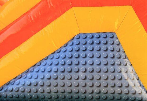 Multiplay springkussen lego